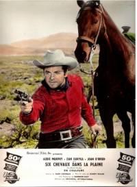 Six chevaux dans la plaine : image 377512