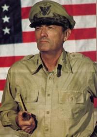 Mac Arthur, le général rebelle : image 411699